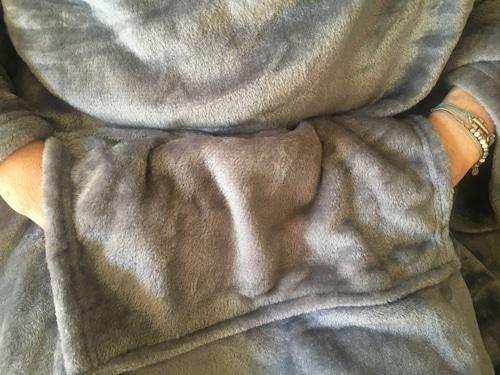 plaid poche kangourou